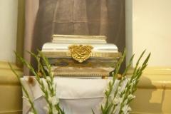 Relikwie O. Honorata w Warszawie w kościele Ojców Kapucynów na Miodowej